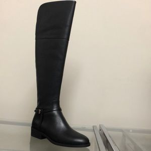 COLE HAAN BRAND NEW BLACK SIZE 7.5
